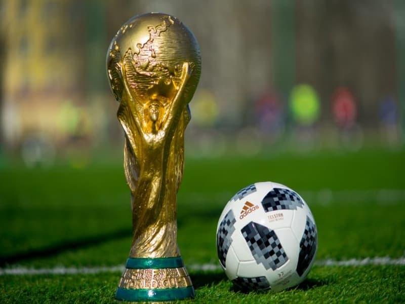 Giải bóng đá lớn